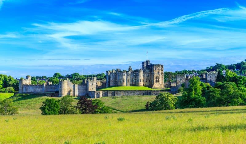 Castelo de Alnwick, Inglaterra imagens de stock royalty free