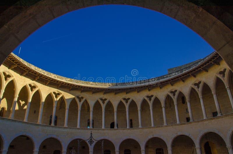 Castelo de Bellver em Palma de Mallorca E foto de stock
