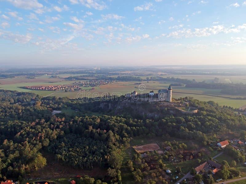 Castelo de Bezdez na república de checo foto de stock