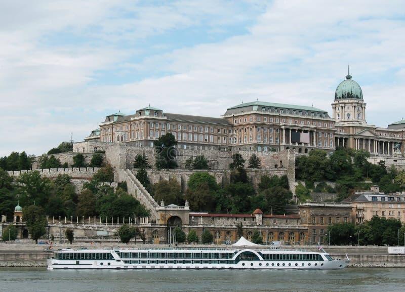 Castelo de Budapest imagens de stock royalty free