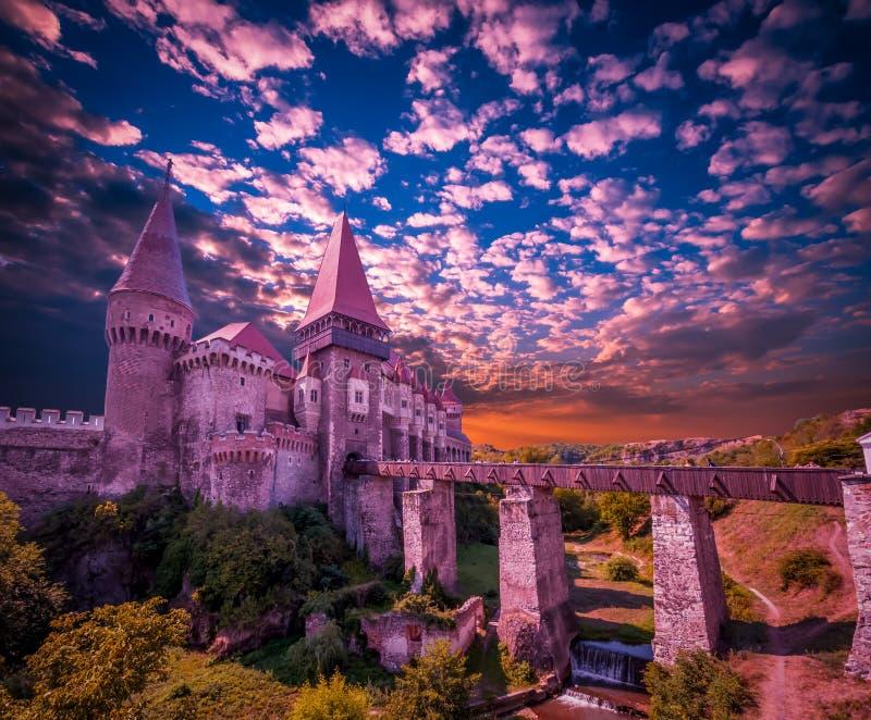 Castelo de Corvin, Hunedoara, a Transilvânia, Romênia fotografia de stock