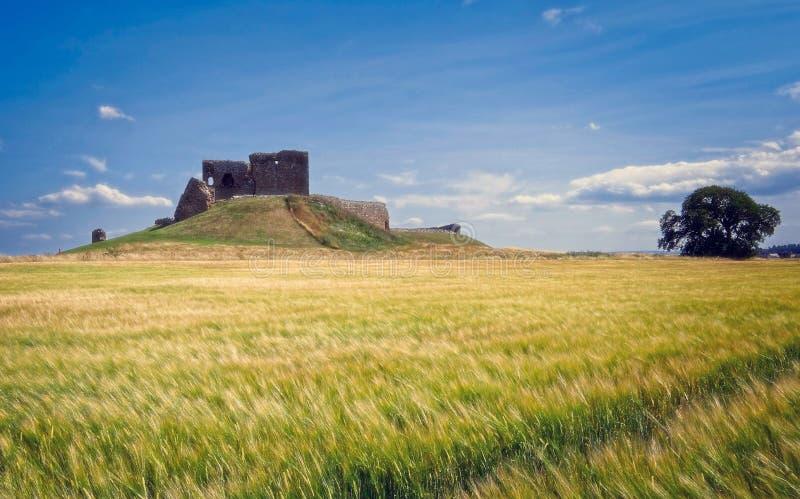 Castelo de Duffus, ruína histórica em Escócia imagem de stock royalty free