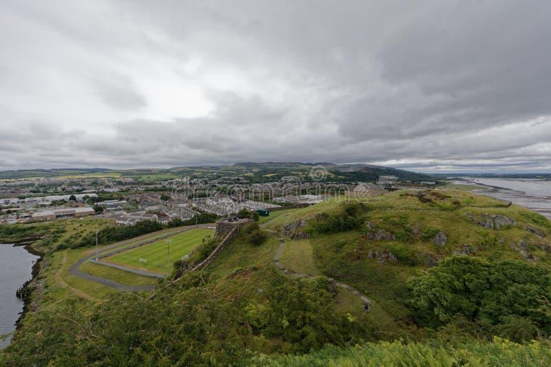 Castelo de Dumbarton, Escócia imagens de stock