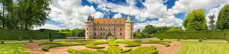 Castelo de Egeskov, Fiónia, Dinamarca Olhar do vintage fotos de stock