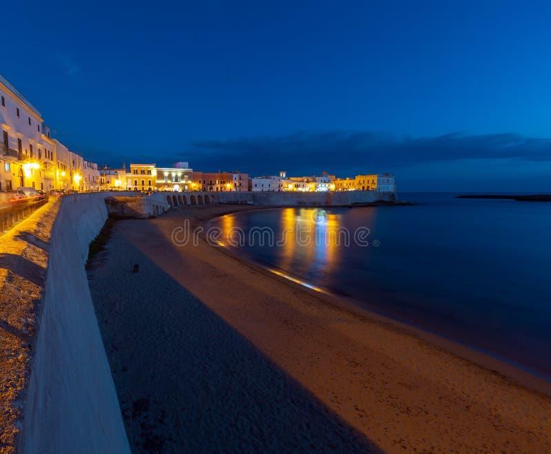 Castelo de Gallipoli da noite, Puglia, Itália fotografia de stock