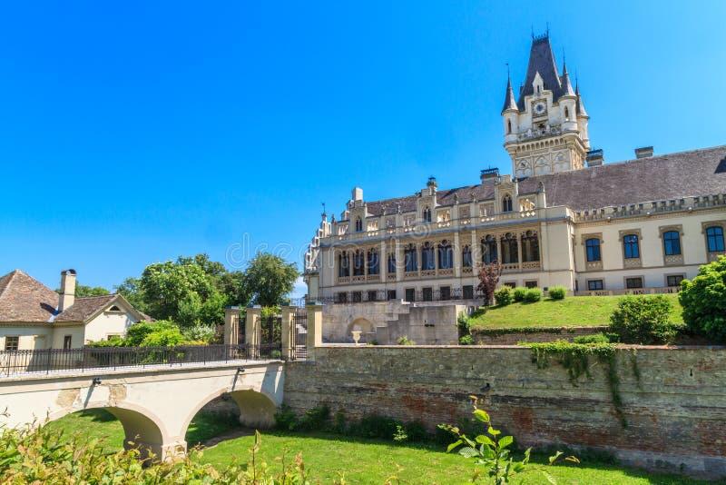 Castelo de Grafenegg perto de Viena, Baixa Áustria imagem de stock royalty free