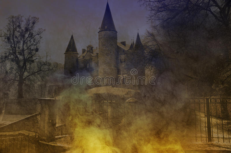 Castelo de Halloween foto de stock royalty free