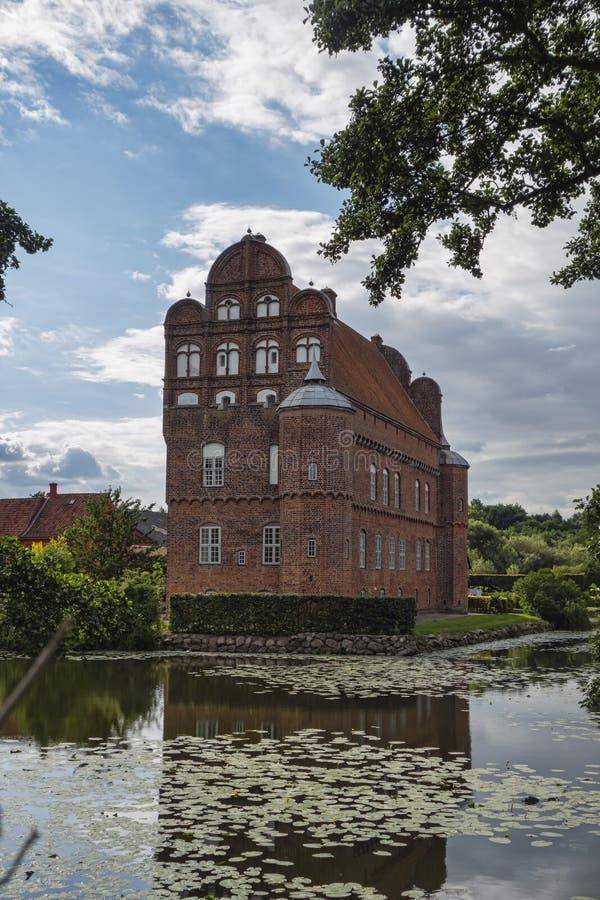 Castelo de Hesselager em Fiónia fotografia de stock royalty free