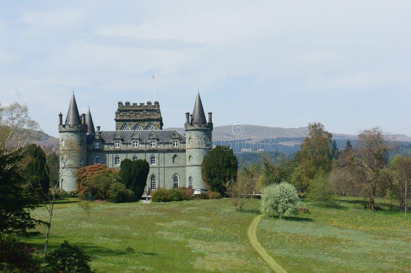 Castelo de Inverary e suas terras circunvizinhas fotos de stock royalty free