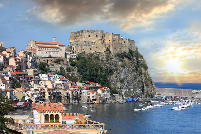 Castelo de Italy.Scilla, Calabria imagem de stock royalty free