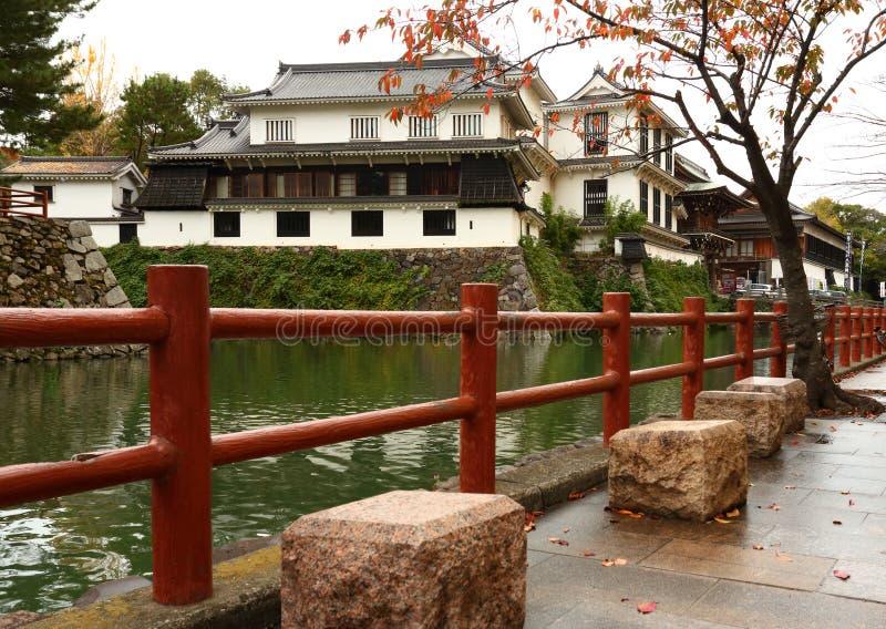 Castelo de Kokura-jo, castelo japonês no parque de Katsuyama em Kitakyush fotografia de stock