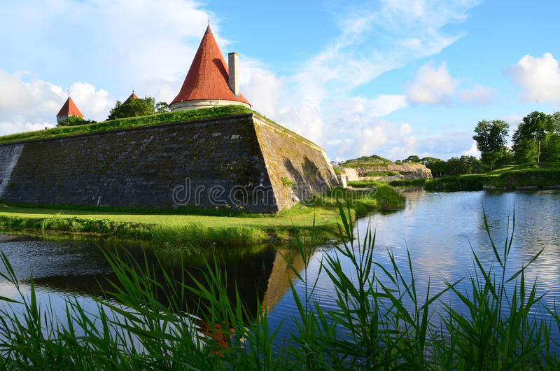 Castelo de Kuressaare, Saaremaa, Estônia foto de stock royalty free