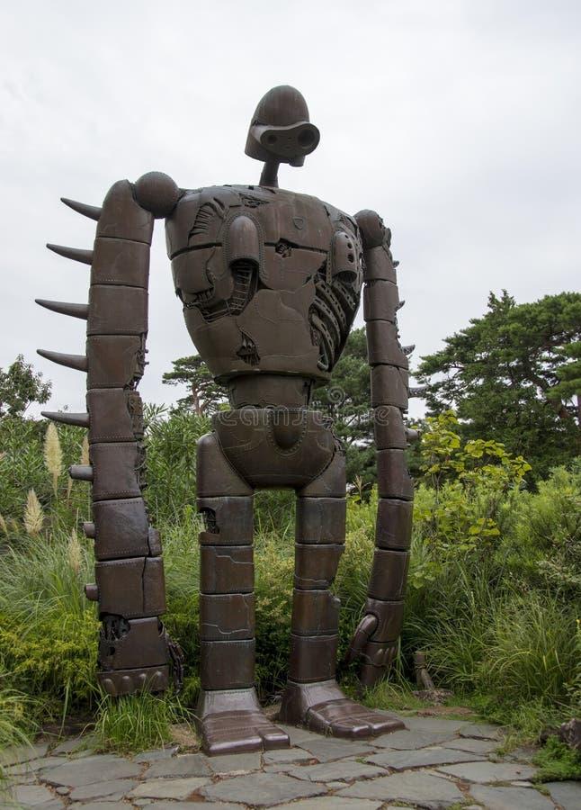 Castelo de Laputa no soldado do robô do céu imagem de stock royalty free