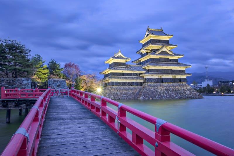 Castelo de Matsumoto na noite no perfecture de Nagano, Japão imagem de stock royalty free