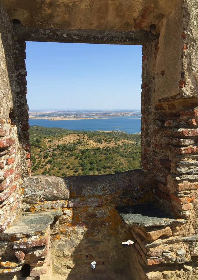 Castelo de Monsaraz - village médiéval Monsaraz Portugal images stock