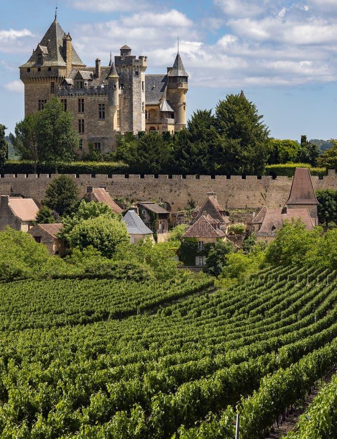 Castelo de Montfort - Dordogne - França imagens de stock