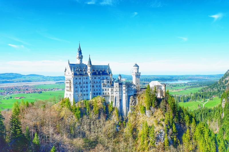 Castelo de Neuschwanstein em Fussen Alemanha foto de stock royalty free