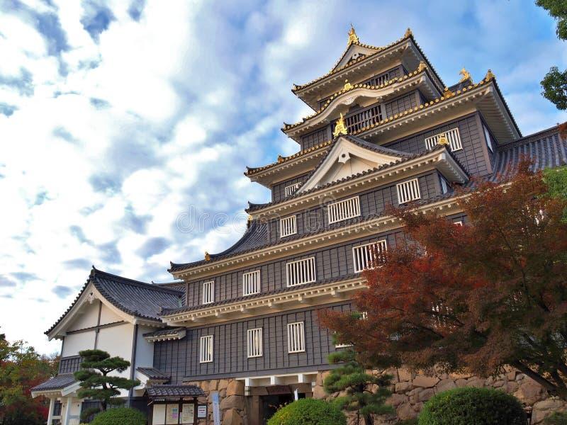 Castelo de Okayama na estação do outono em Okayama, Japão fotos de stock royalty free