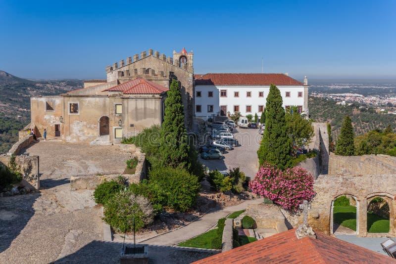 Castelo de Palmela Castle avec l'hôtel historique de Pousadas De Portugal image libre de droits