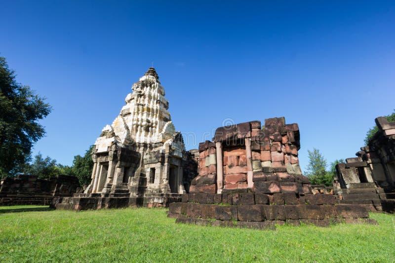 Castelo de pedra Phanom macilento - Tailândia imagens de stock royalty free
