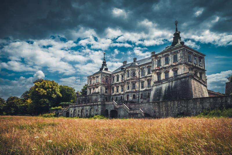 Castelo de Pidhirtsi, região de Lviv, Ucrânia imagem de stock