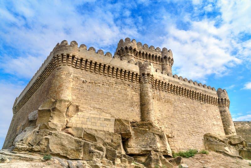 Castelo de Ramana na vila de Ramana de Baku fotografia de stock