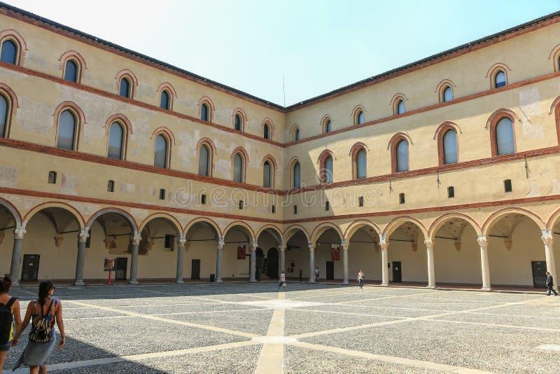 Castelo de Sforzesco, Milão foto de stock royalty free
