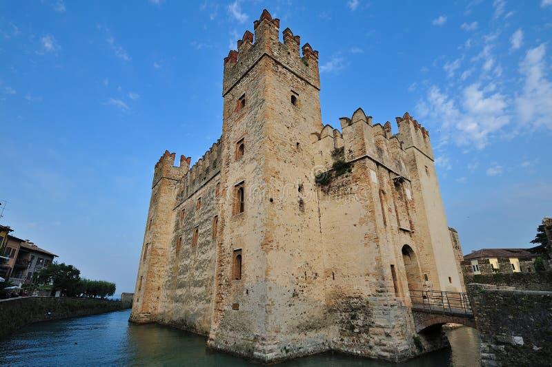 Castelo de Sirmione, lago Garda - Italy imagem de stock