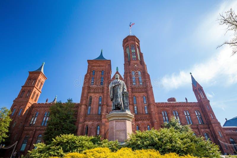 Castelo de Smithsonian no Washington DC imagem de stock