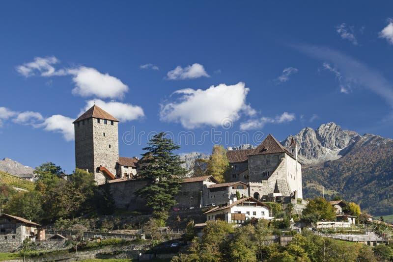 Castelo de Tirol fotos de stock