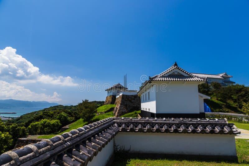 Castelo de Tomioka no monte em Amakusa, Kumamoto, Japão fotografia de stock