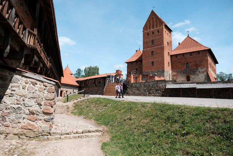 Castelo de Trakai em Lituânia no verão foto de stock royalty free