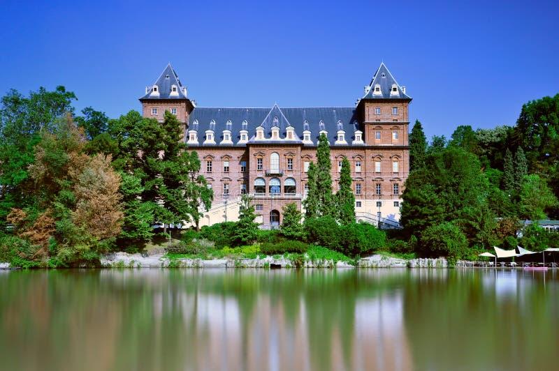 Castelo de Valentino em Turin imagens de stock