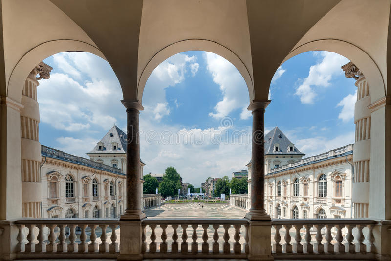 Castelo de Valentino - Turin imagem de stock royalty free