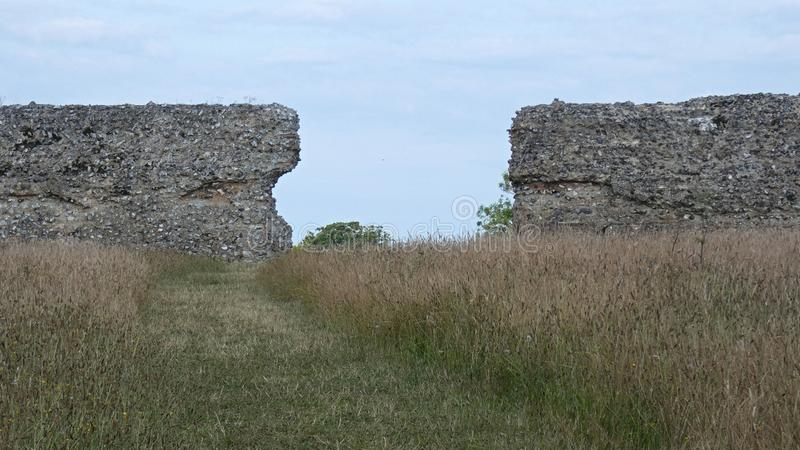 Castelo do Burgh, Roman Ruins antigo, Norfolk Inglaterra 3 fotos de stock