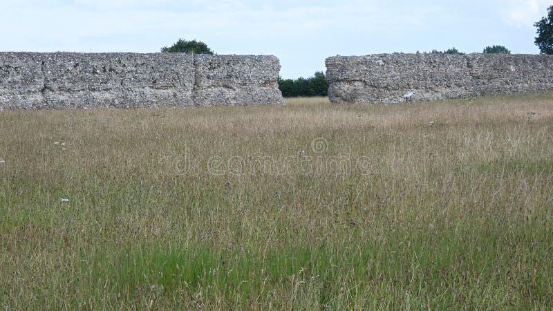 Castelo do Burgh, Roman Ruins antigo, Norfolk Inglaterra 4 imagem de stock royalty free