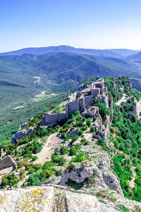Castelo do cathar de Peyrepertuse imagens de stock