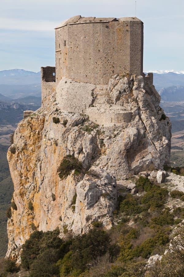 Castelo do Cathar de Queribus imagens de stock