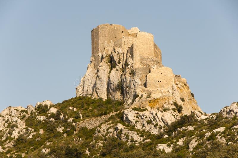 Castelo do Cathar de Queribus - França fotos de stock royalty free