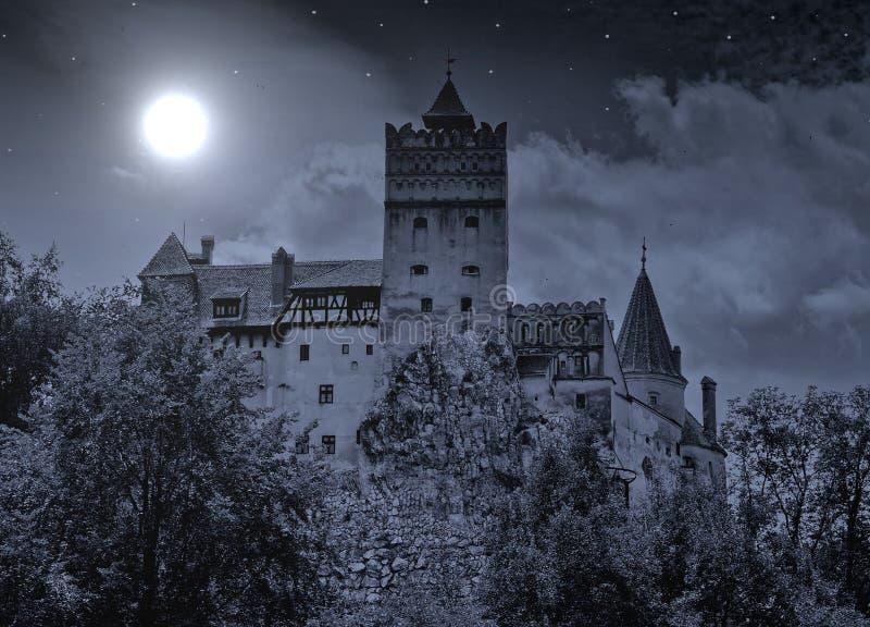 Castelo do farelo em Romania foto de stock