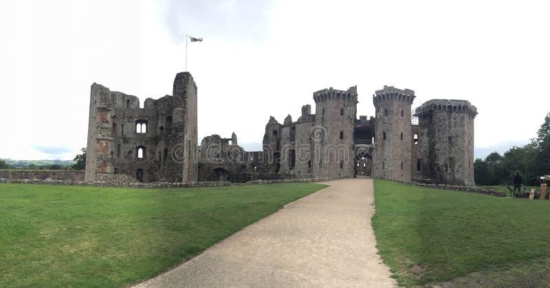 Castelo do Raglan imagens de stock royalty free