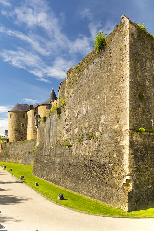 Castelo do sedan em França imagem de stock