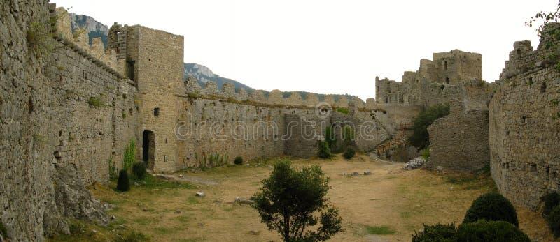Castelo dos puilaurens, france imagens de stock