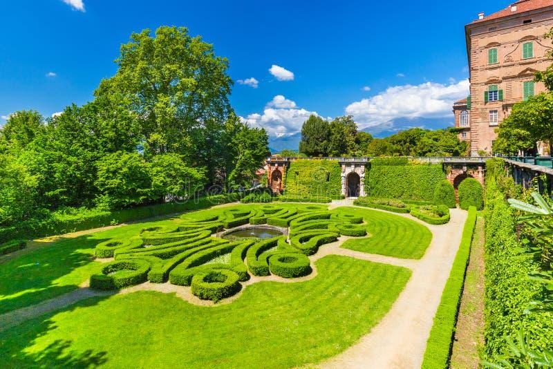 Castelo ducal do ` de Aglie, em Piedmont, Itália imagens de stock royalty free