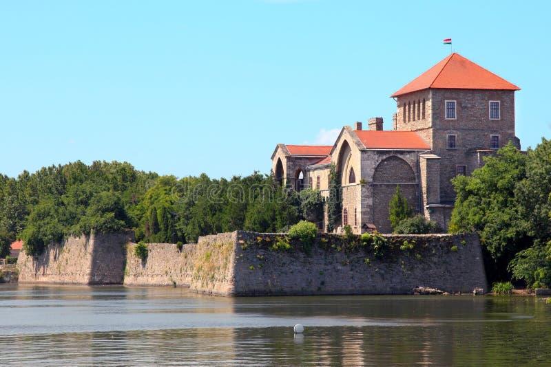 Castelo em Tata, Hungria fotografia de stock