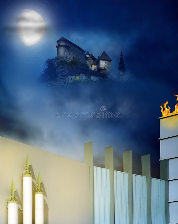 Castelo em um monte imagem de stock royalty free