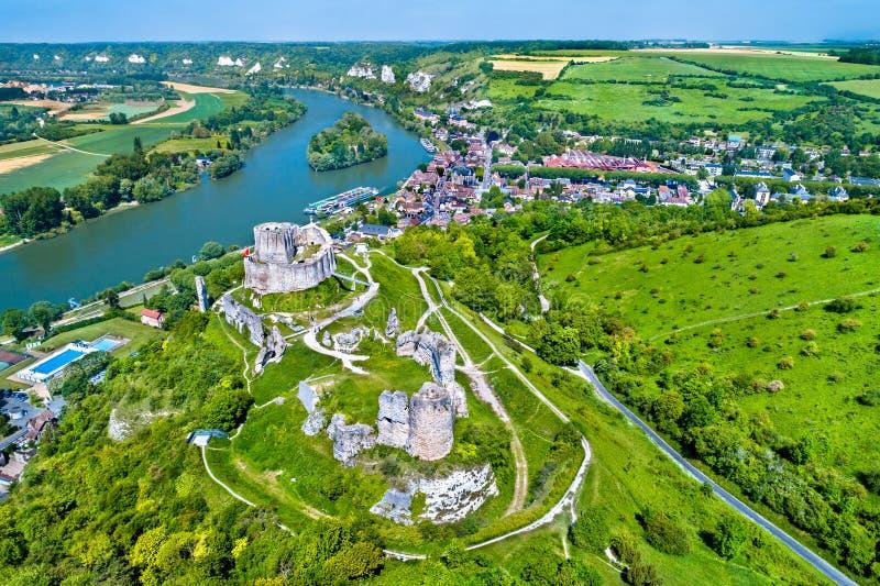 Castelo Gaillard, um castelo medieval arruinado na cidade de Les Andelys - Normandy, França fotos de stock