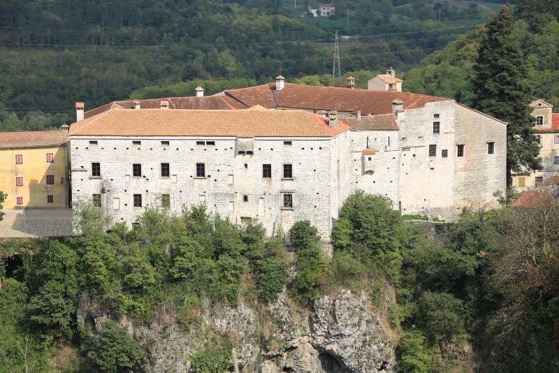 Castelo histórico de Pazin na Croácia imagem de stock