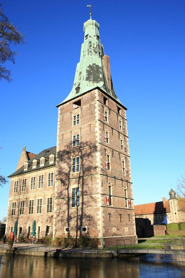 Castelo histórico Raesfeld em Westphalia, Alemanha imagem de stock