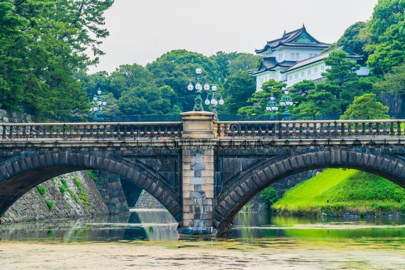 Castelo imperial do palácio da arquitetura velha bonita com fosso e imagem de stock royalty free